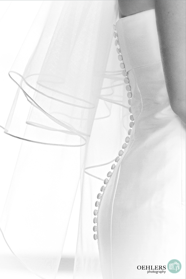 button down the back of a wedding dress