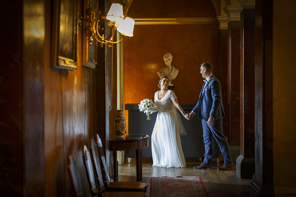 View our wedding gallery